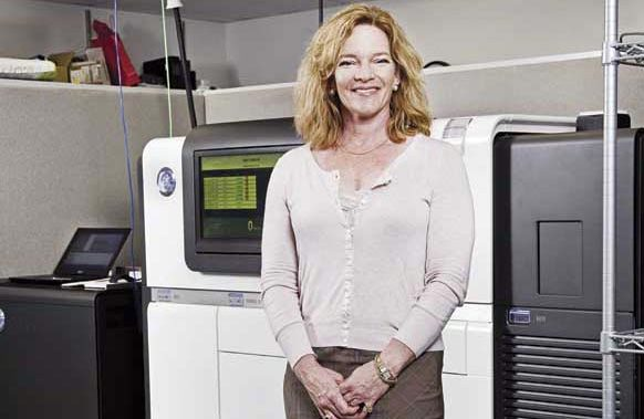 Decoding cancer:Elaine Mardis uses sequencing to study the genomes of diseased cells.