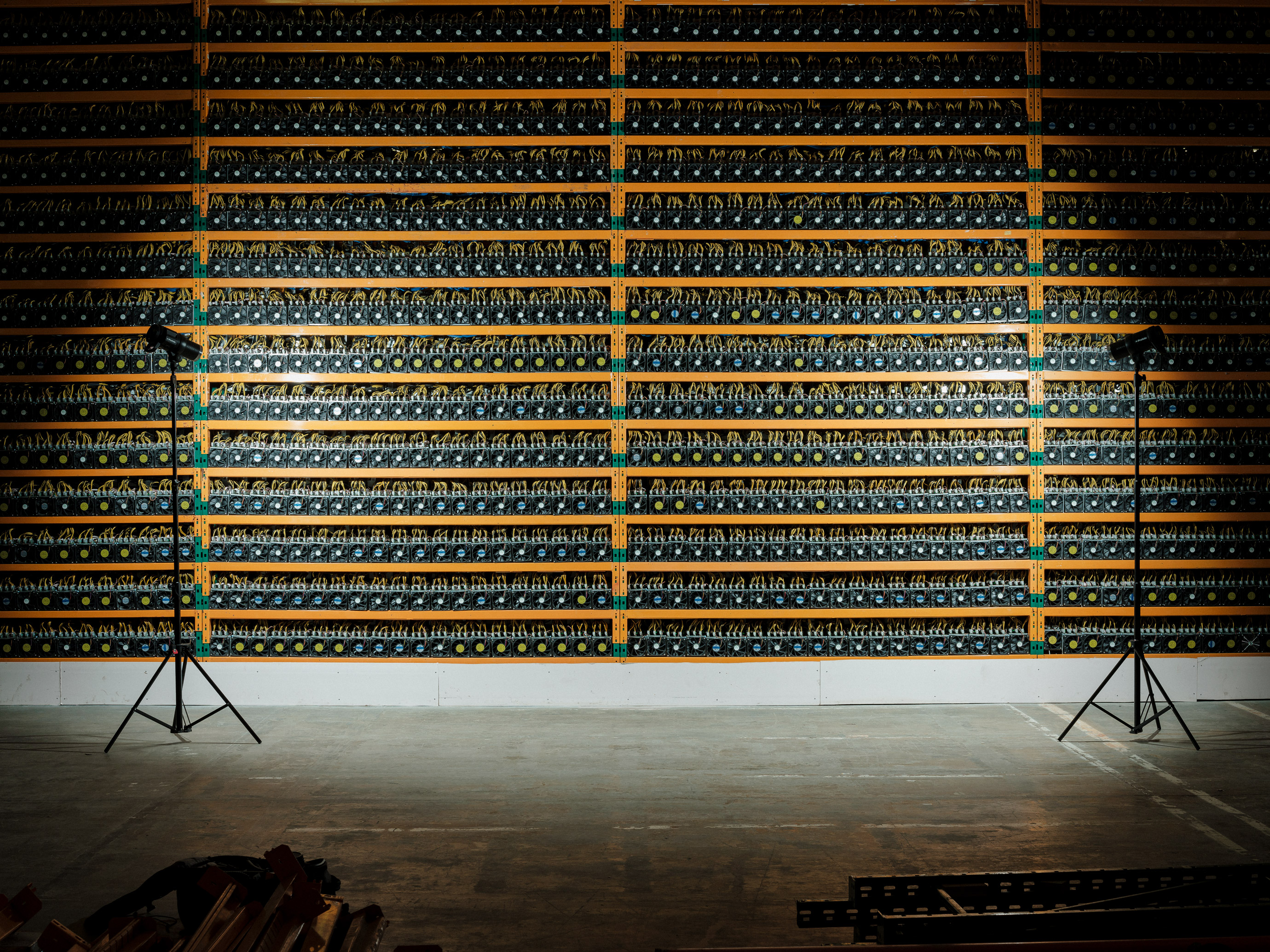 how does cryptocurrency mining harm the environment