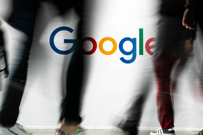 Google stand