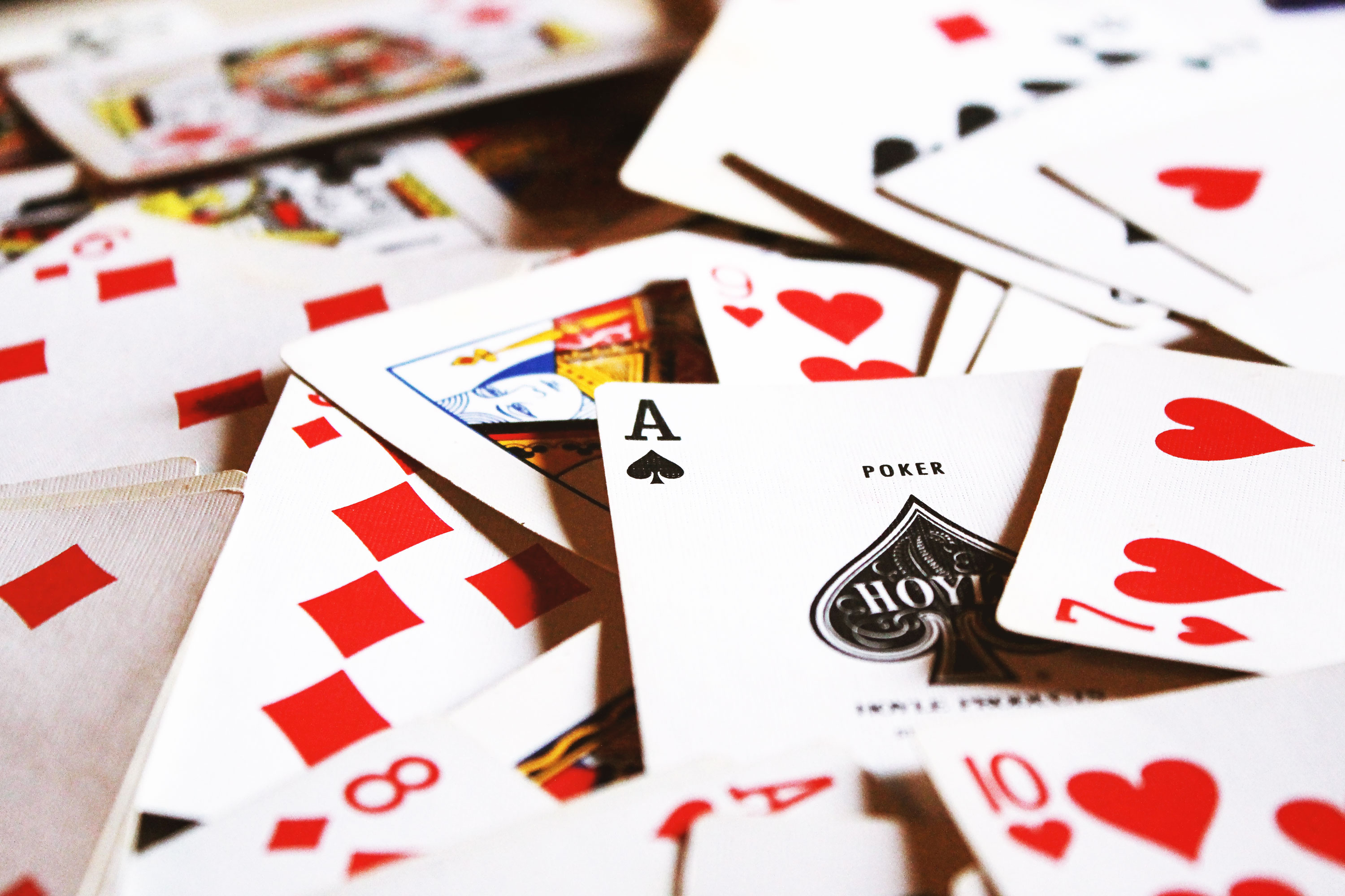Facebook's new poker-playing AI could wreck the online poker ...