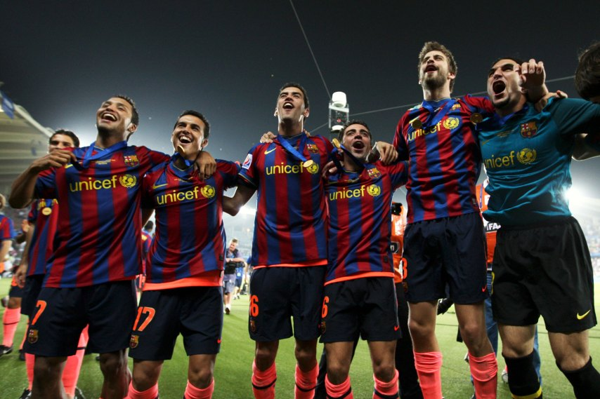 Network science reveals the secrets of the world's best soccer team | MIT  Technology Review