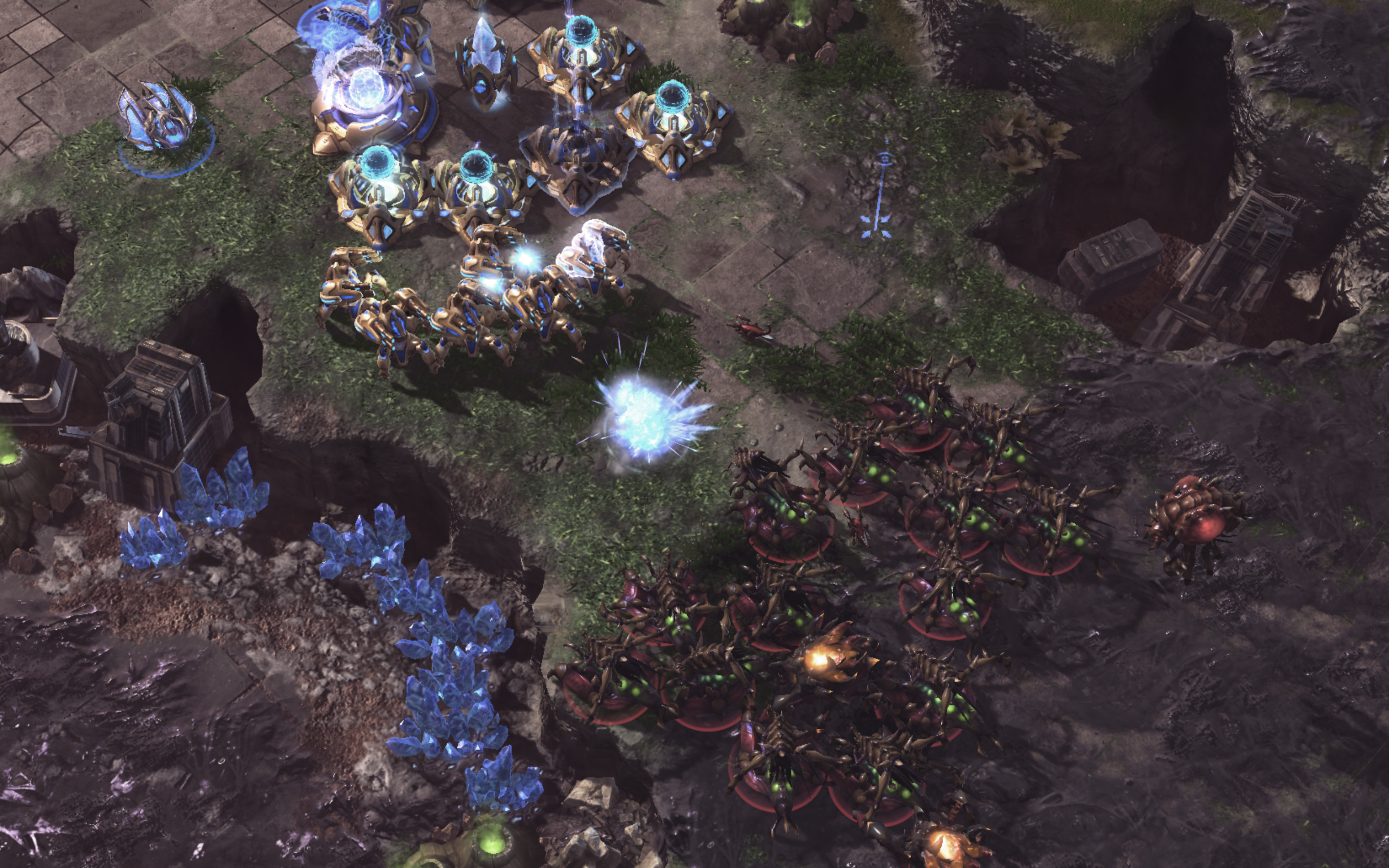 AlphaStar (Zerg, in red) defending an early aggression where the opponent built part of the base near AlphaStar's base.