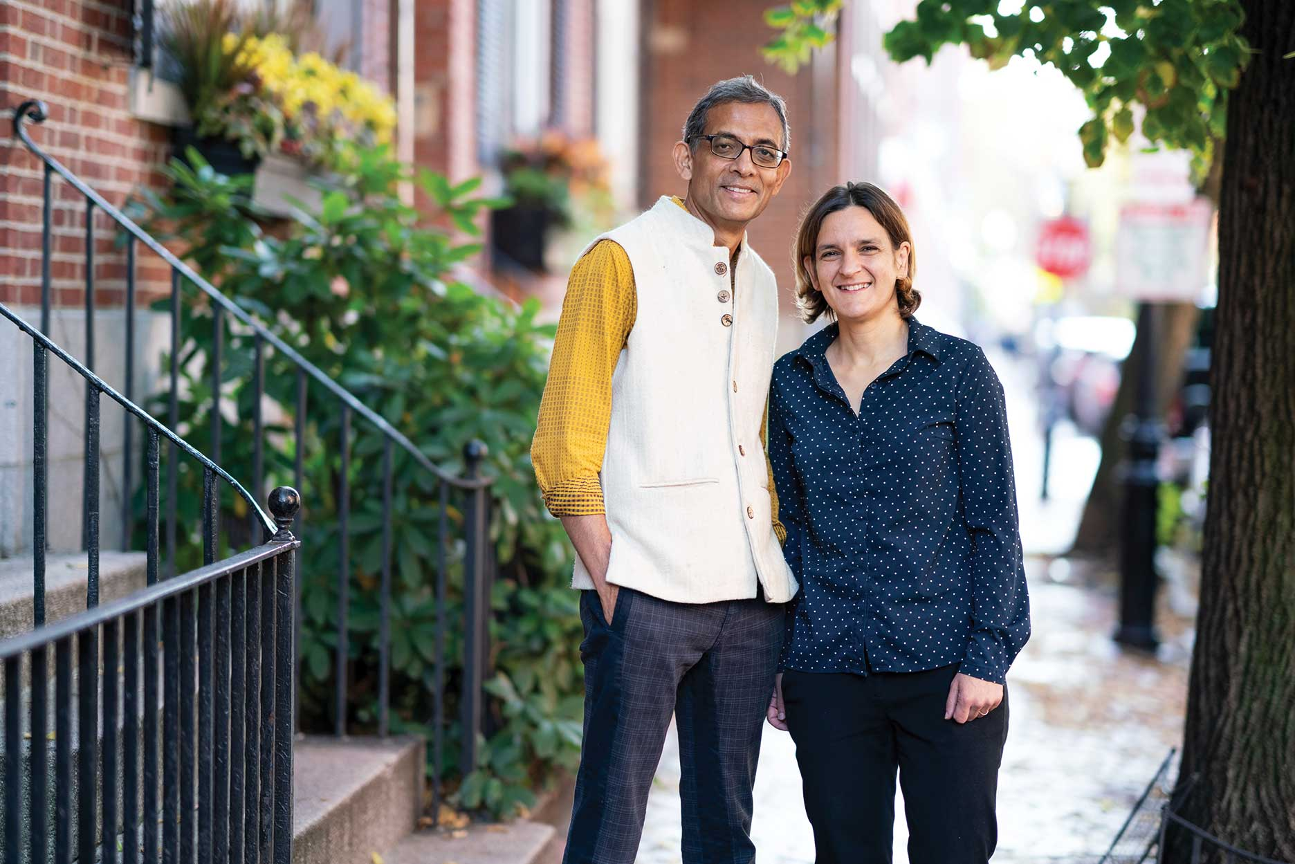 Photograph of Esther Duflo, PhD and Abhijit Banerjee