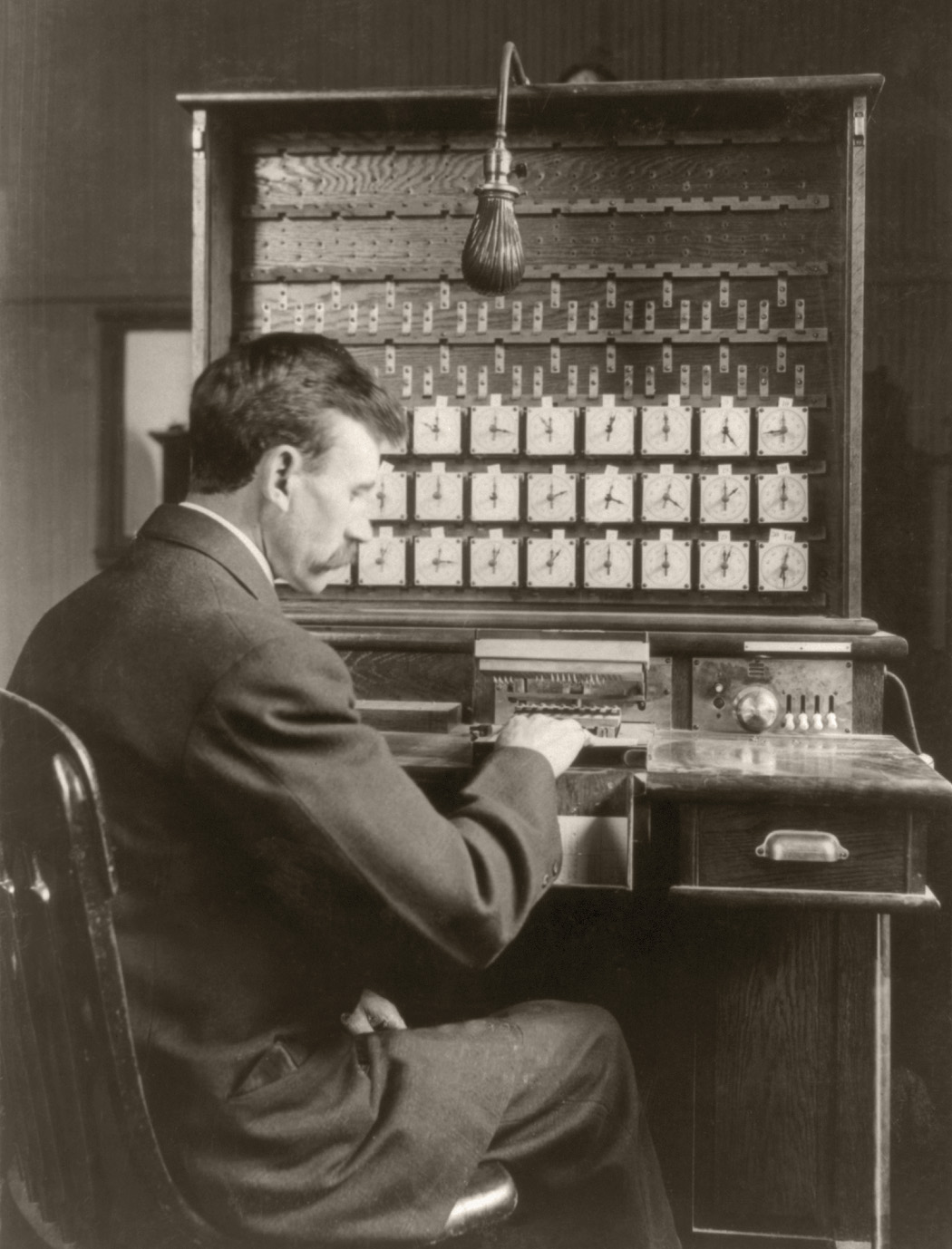 Hollerith at tabulating machine