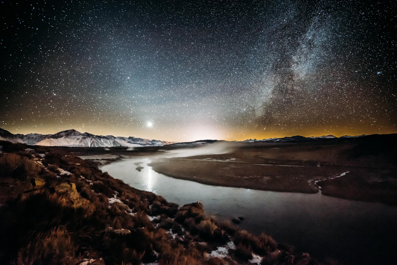 Mammoth Lakes at night