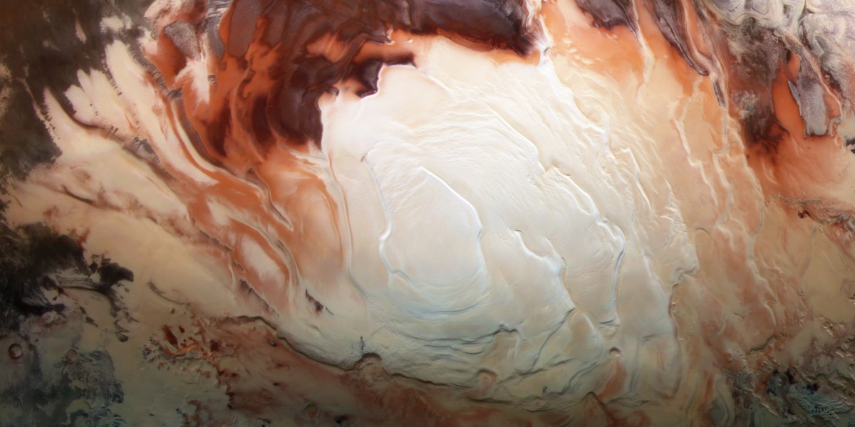 There might be even more underground reservoirs of liquid water on Mars