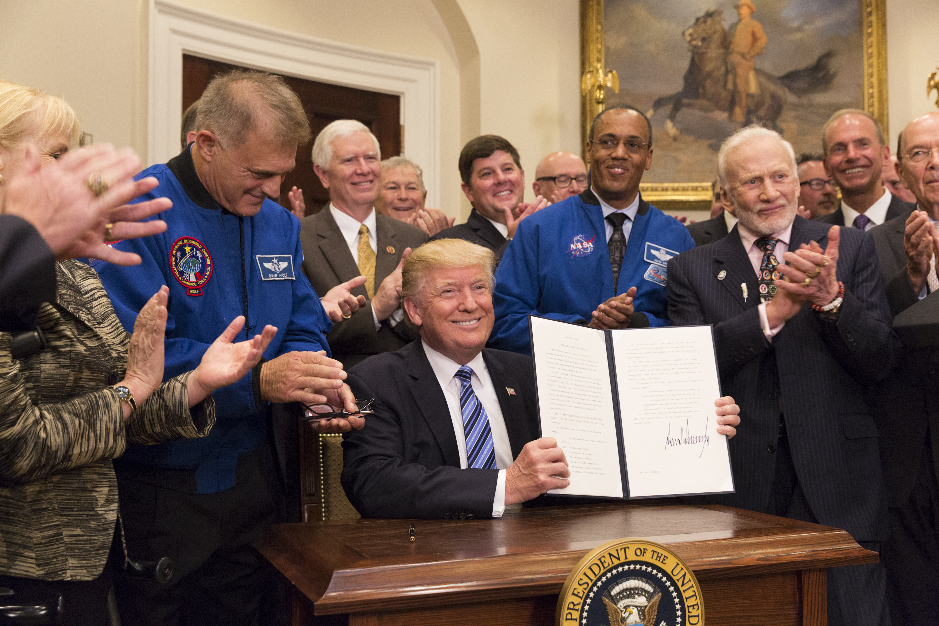 trump national space council