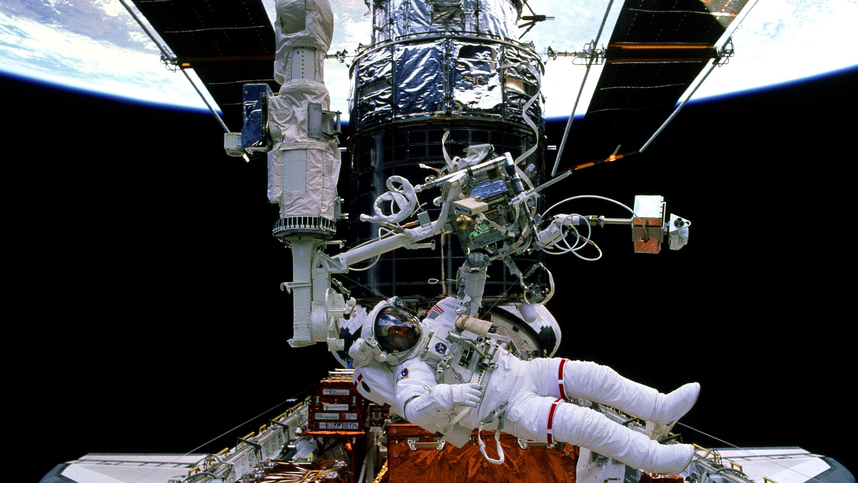 repair to Hubble
