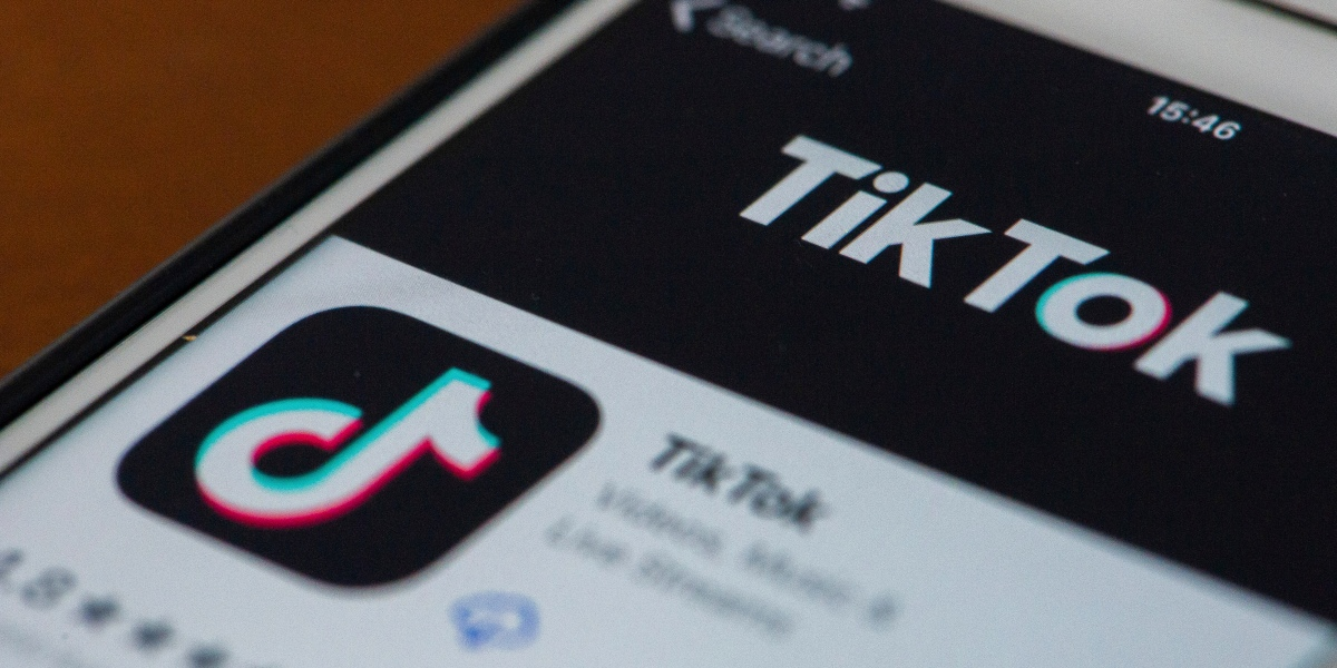 TikTok changed the contour of some people's faces without inquiring thumbnail