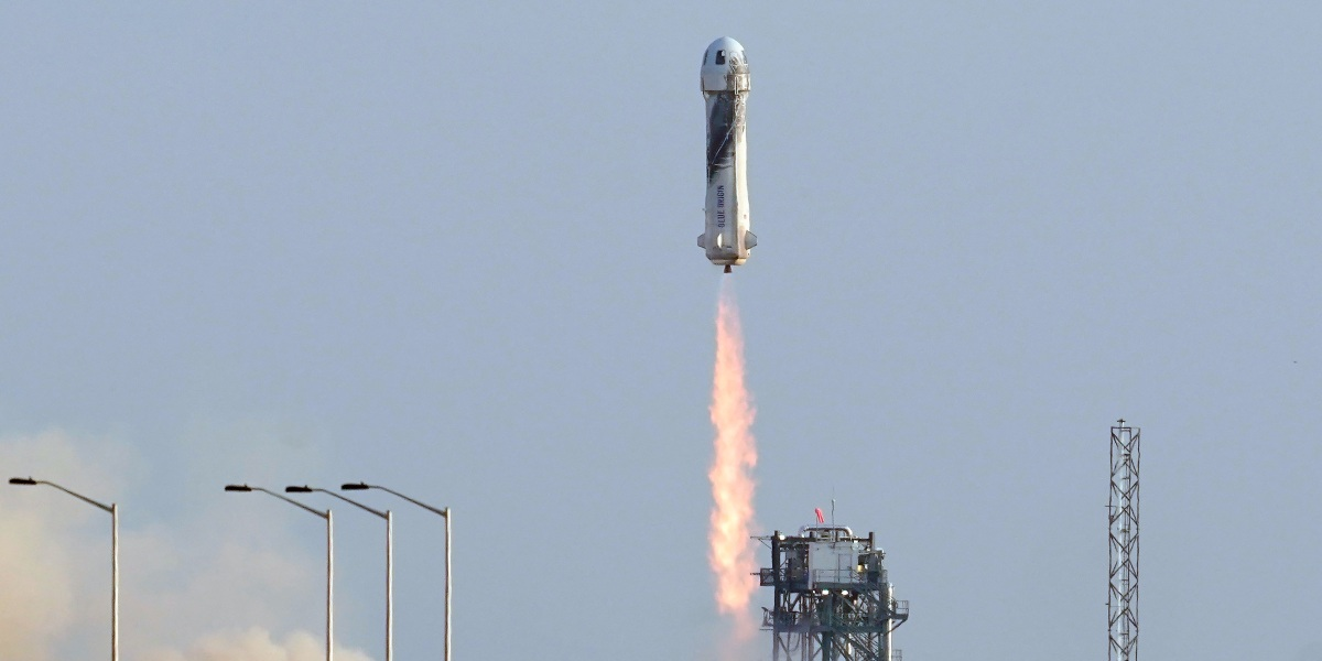 Blue Origin takes its first passengers to space