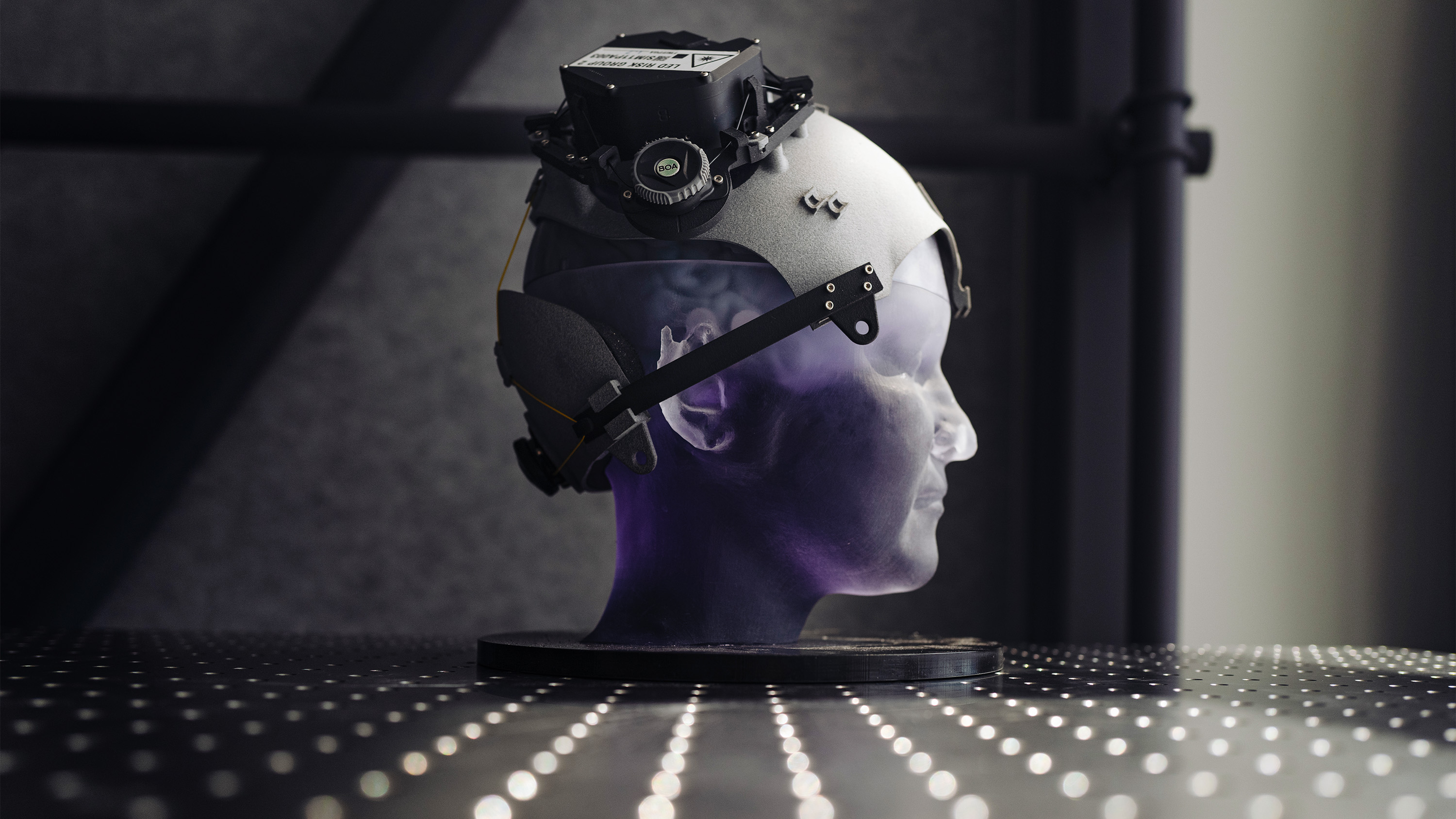FRLR head-mounted BCI research prototype